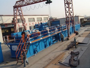 Drilling mud handling equipment