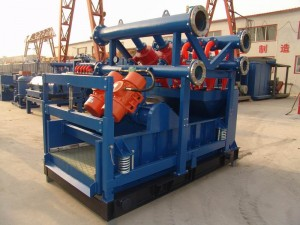 Drilling mud combo cleaner