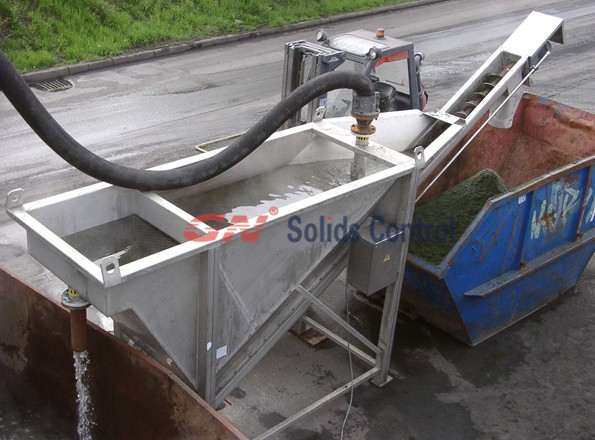 solids separator screw unit